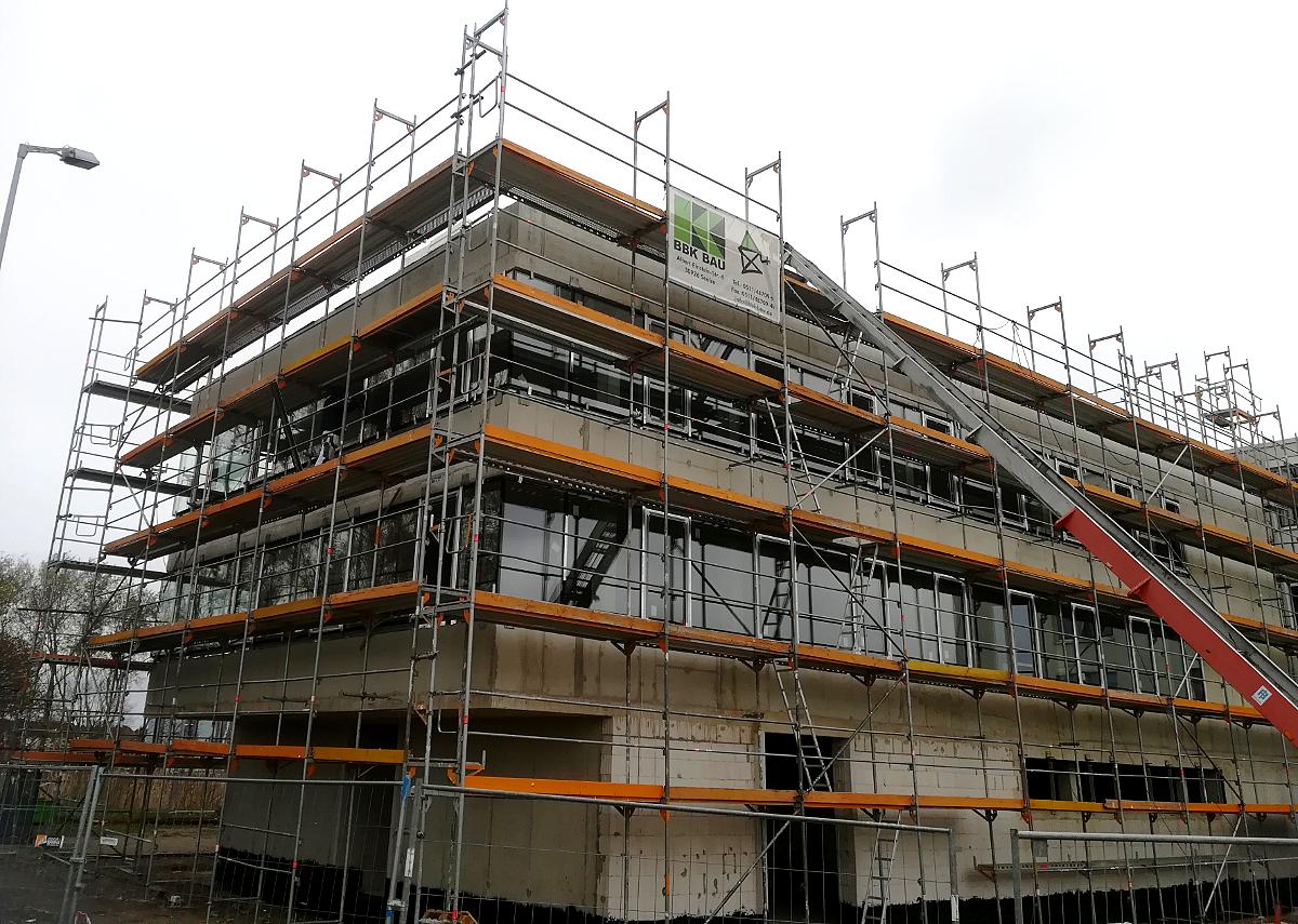 Przebudowa budynku - nowy element biurowca siedziby firmy Wahl&Co. w Seelze, Alfred-Nobel-Str. (Niemcy)