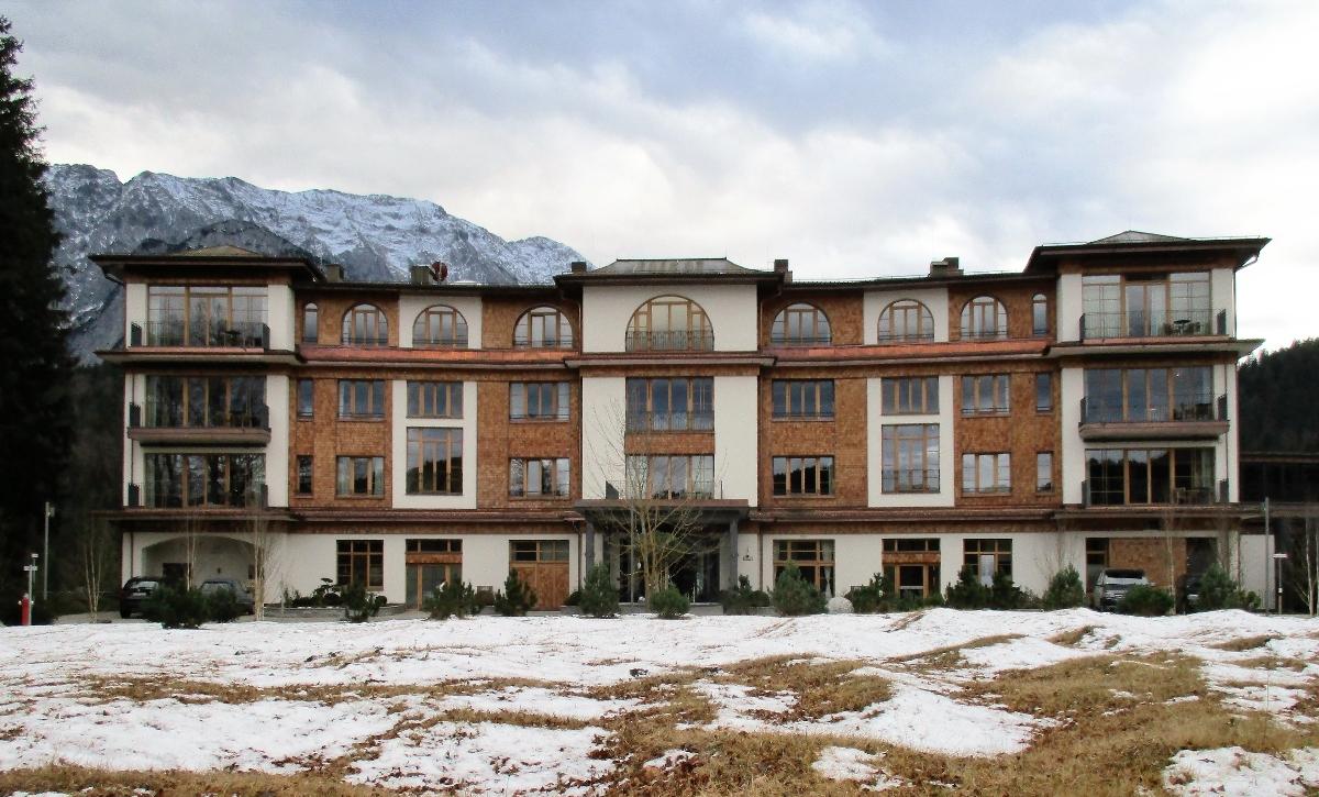 Rozbudowa hotelu Schloss Elmau koło Garmisch-Partenkirchen (Niemcy)