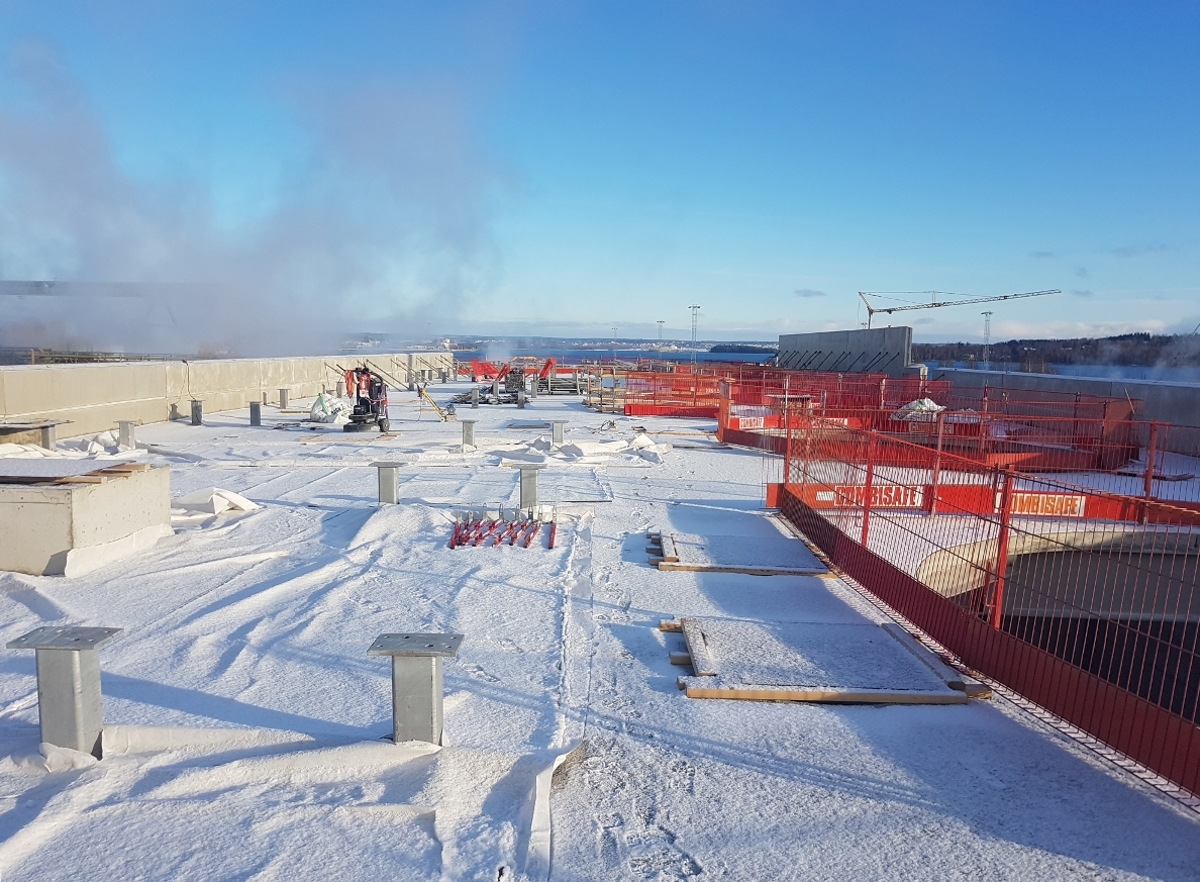 Prace szalunkowe, zbrojeniowe oraz betonowe na terenie fabryki papieru - projekt SCA Helios Östrand w miejscowości Timrå (Szwecja)