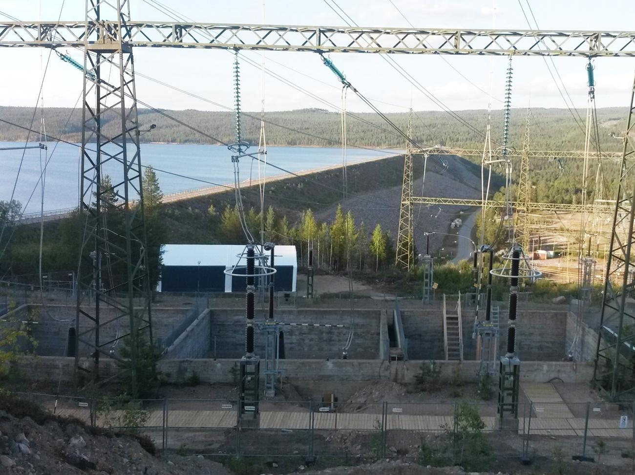 Roboty budowlane na obiekcie elektrowni wodnej Messaure (Szwecja)