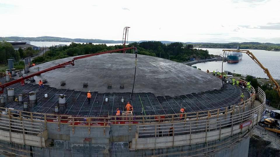 Prace żelbetowe - budowa zbiornika etanu w Stenungsund,Verstadsvägen (Szwecja)