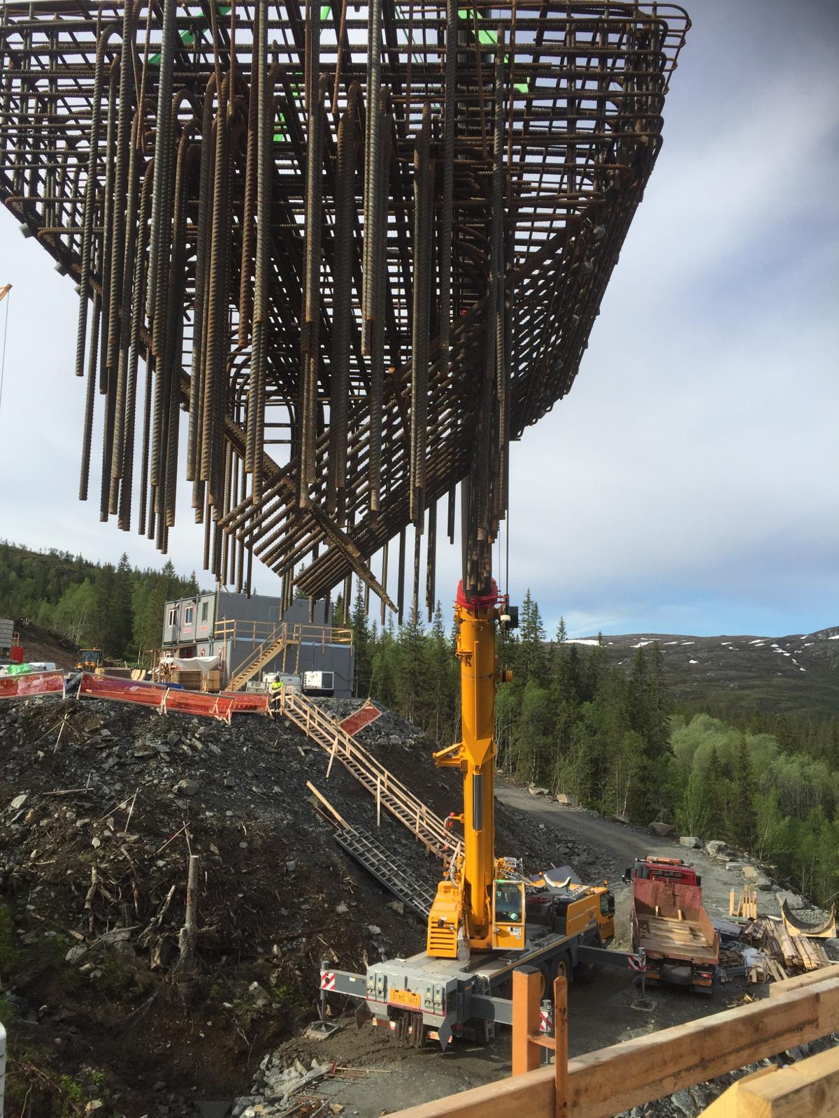Prace szalunkowe, zbrojeniowe oraz betonowe projektu Stora Helvetet w Storlien (Szwecja)